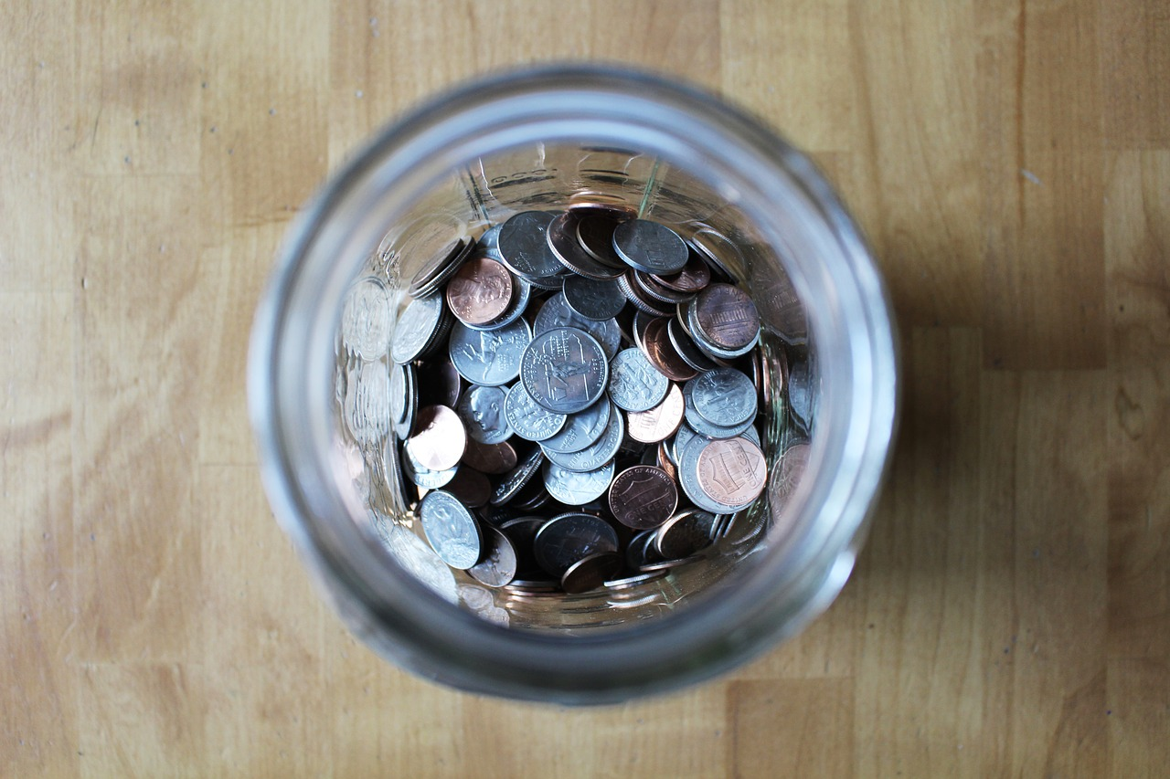 jar of coins symbolizes how not to nickel and dime association members